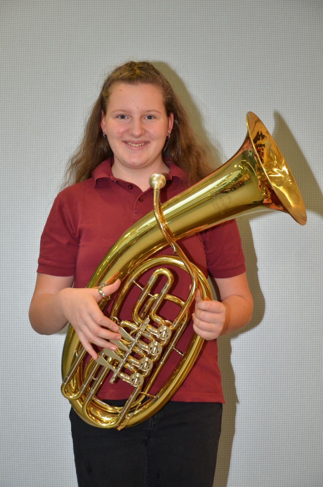 Christina Bauer  - Tenorhorn - (Sandl)